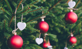 How Your Company Can Give back this Holiday Season